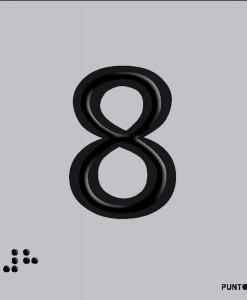 Número 8 en aluminio