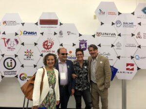 JJ, Tatiana Alemán y representantes de ayuntamiento de Zapopan