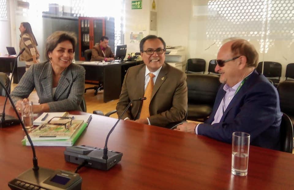 JJ en Ecuador junto a Sandra Esparza