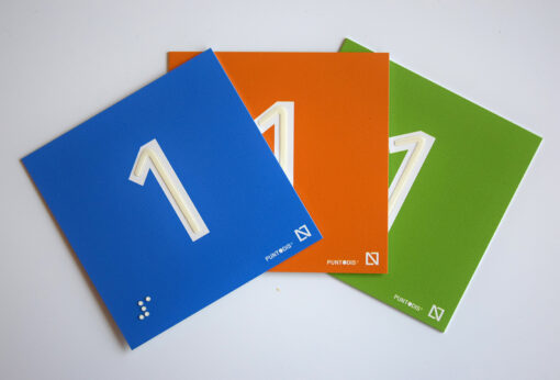 placas números colores braille