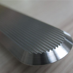 Guías de aluminio para encaminamiento y avisos podotáctiles
